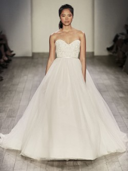 alvina-valenta-bridal-tulle-natural-waist-ball-gown-strapless-sweetheart-neckline-beaded-embroidered-lace-9604_x4[1]